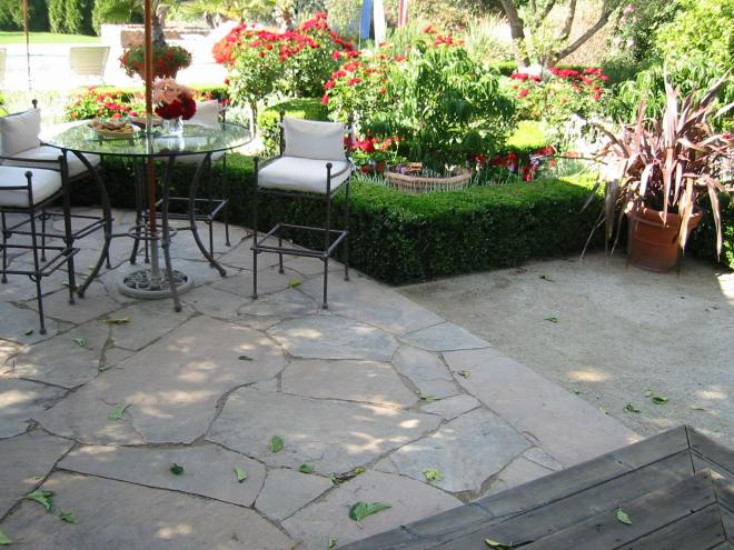 A proper installation using Arizona flagstone with decomposed granite in between. You will rarely see it done properly like this.